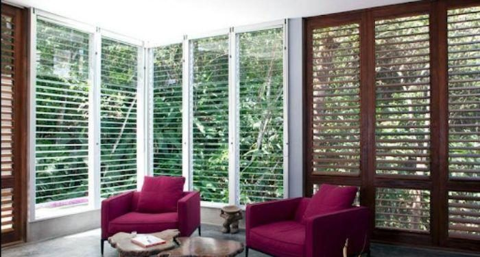 Cửa sổ nhôm kính chớp lật cỡ lớn lấy được lượng ánh sáng tối đa cho căn phòng
