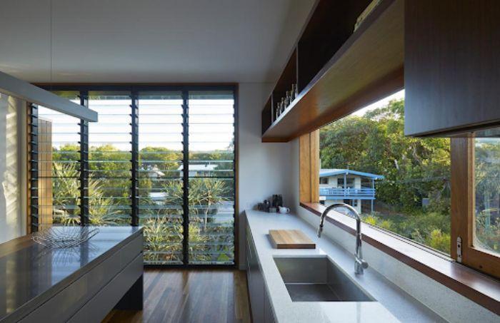 Hệ thống cửa sổ chớp lật cho căn bếp