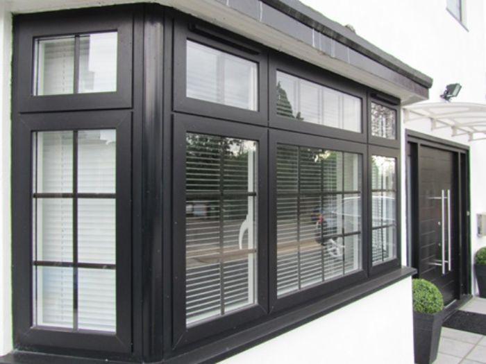 Mẫu cửa sổ nhôm kính chia ô nhôm xingfa đen