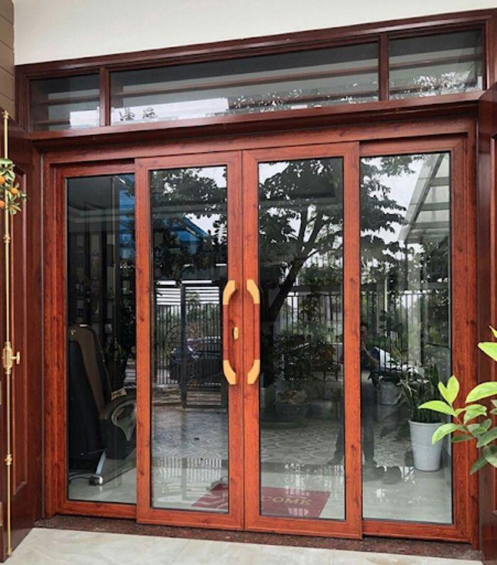 Cửa nhôm kính Xingfa vân gỗ mẫu 3