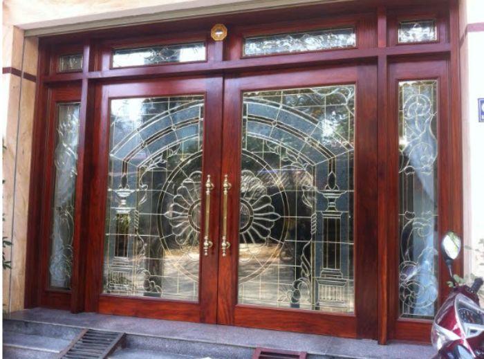 Cửa sắt kính giả gỗ đẹp mẫu 3