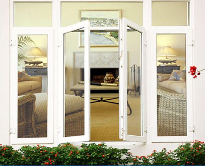 Mẫu cửa sổ nhôm kính 2 cánh màu trắng mở quay