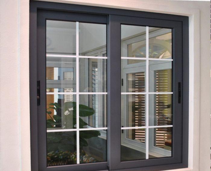 Mẫu cửa sổ nhôm kính 2 cánh trượt lùa màu đen