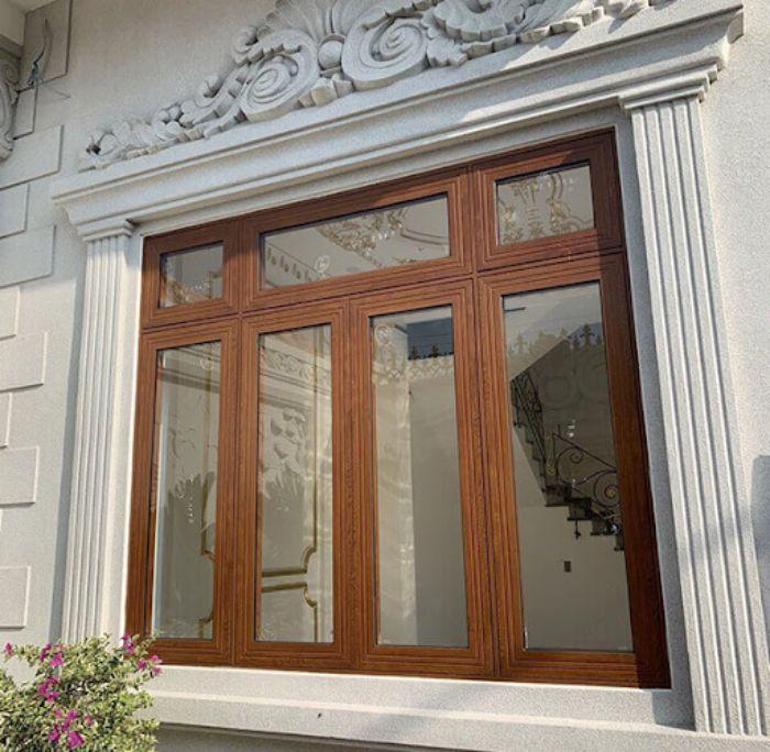 Mẫu cửa sổ nhôm kính đẹp 4 cánh mở quay giả vân gỗ