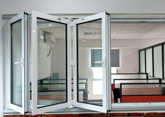 Mẫu cửa sổ nhôm kính Xingfa xếp trượt 3 cánh màu trắng