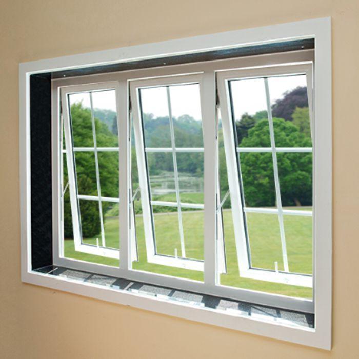 Mẫu cửa sổ nhôm kính mở hất đẹp 3 cánh màu trắng