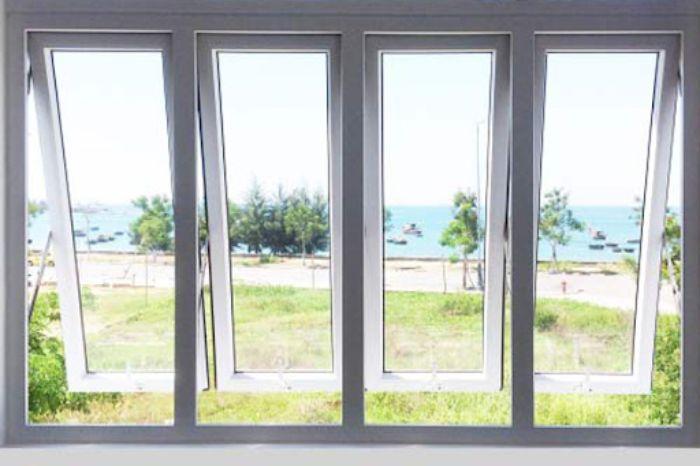 Mẫu cửa sổ nhôm kính mở hất dưới 4 cánh màu trắng
