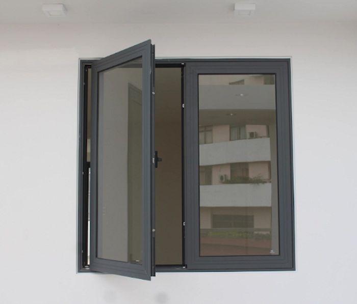 Cửa sổ sắt 2 cánh có thể phù hợp với nhiều phong cách thiết kế