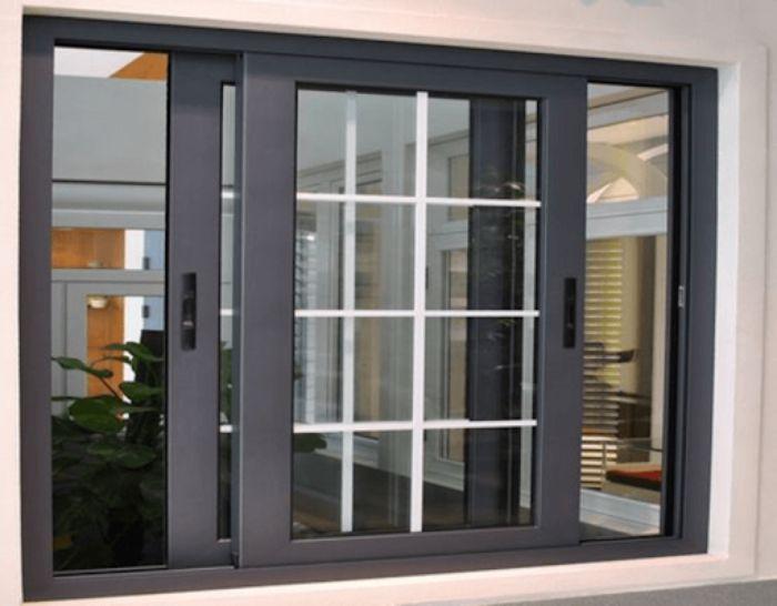 Cửa sổ sắt 2 cánh sơn tĩnh điện có chia ô đóng mở dạng trượt