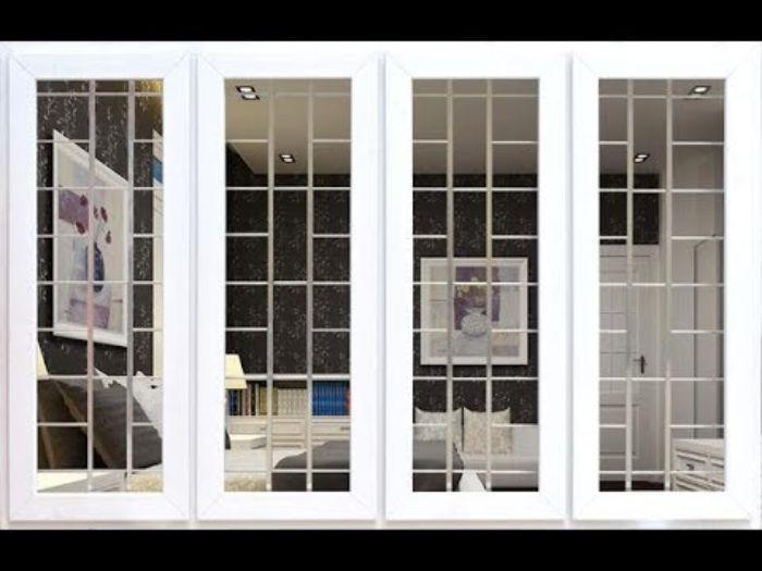 Cửa sổ sắt kính 4 cánh màu trắng chia ô mở quay