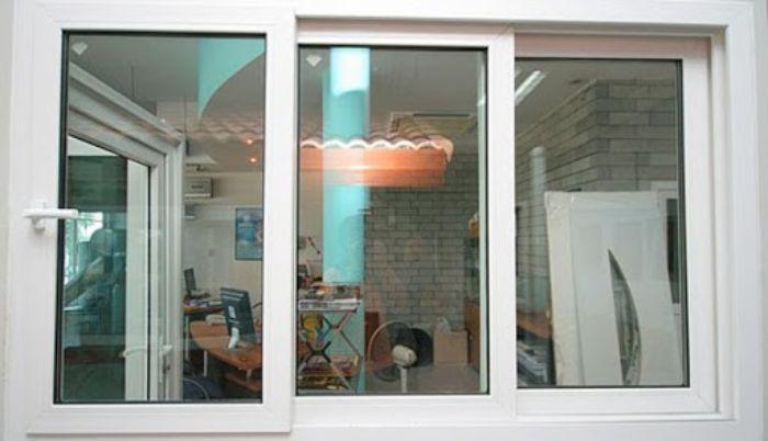 Cửa sổ sắt kính 3 cánh lùa màu trắng