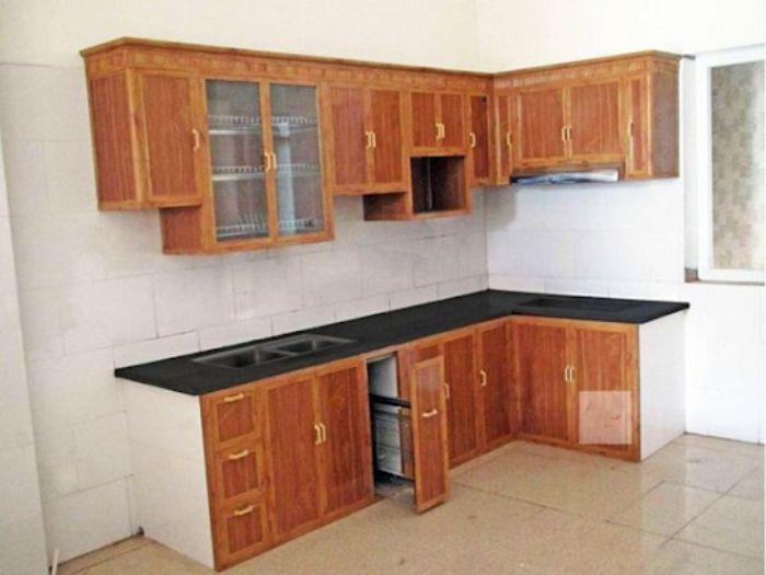 Tủ bếp nhôm kính chữ L có màu vân gỗ rất đa dạng