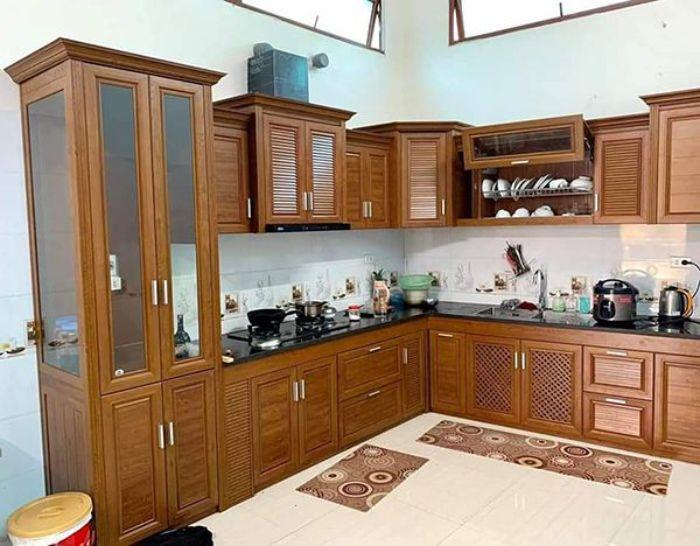 Tủ bếp nhôm kính chữ L mẫu 2