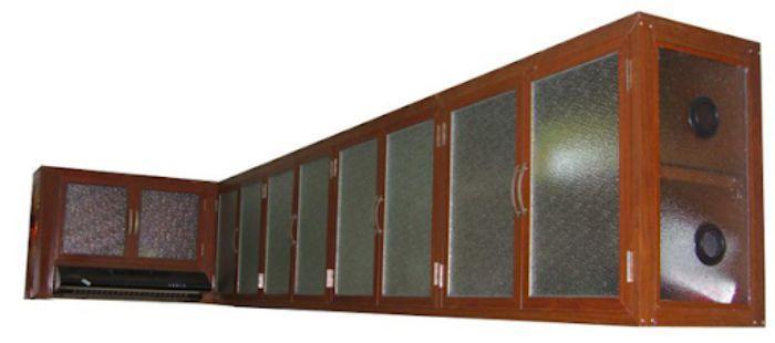Tủ bếp nhôm kính vân gỗ treo tường mẫu 3