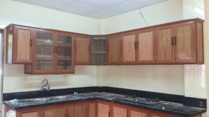 Tủ bếp nhôm kính vân gỗ treo tường mẫu 4