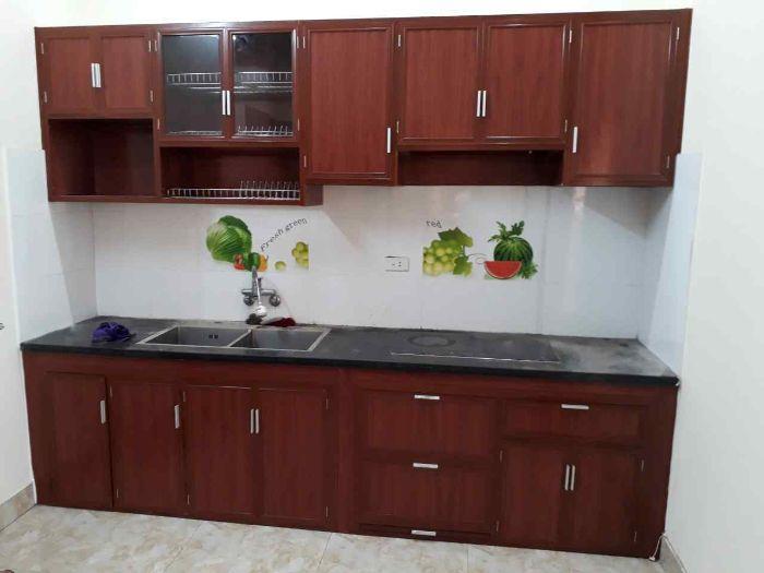 Tủ bếp nhôm kính vân gỗ bền bỉ