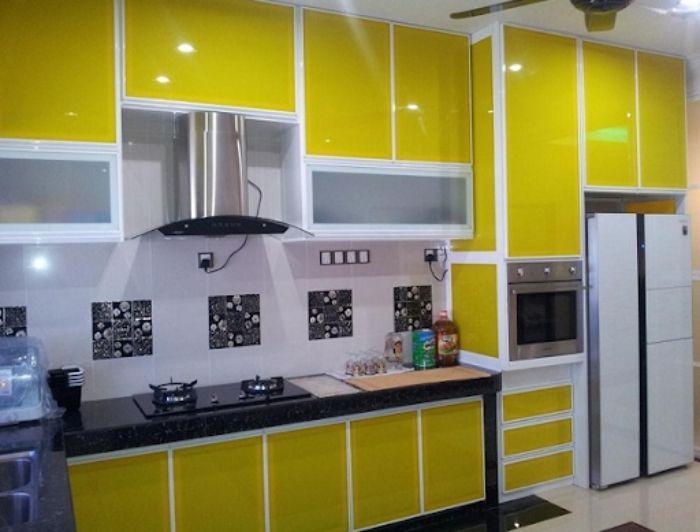 Tủ bếp nhôm xingfa sơn tĩnh điện mẫu 1