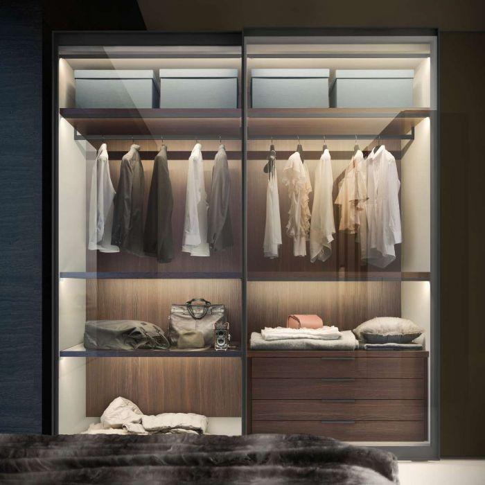 Tủ nhôm kính đựng quần áo với thiết kế tinh tế, sang trọng