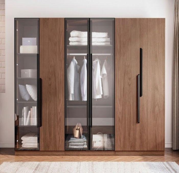 Tủ đựng quần áo thiết kế âm tường với kính trong và khung nhôm