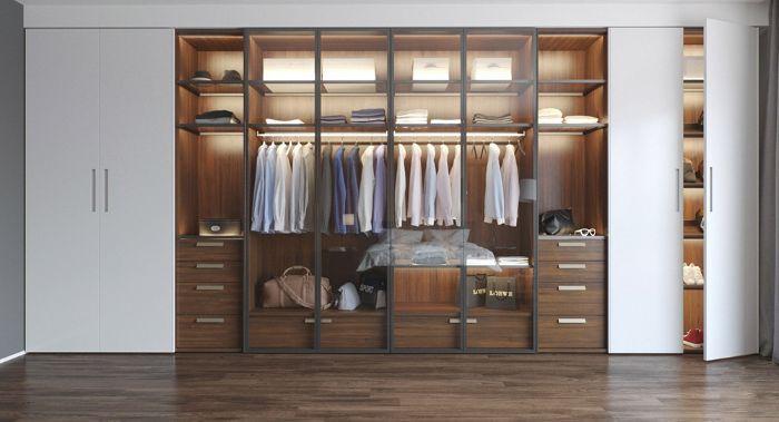 Tủ đựng quần áo nhôm kính sẽ giúp trang phục không bị ẩm mốc