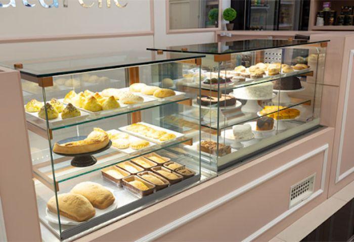 Tủ kính trưng bày đồ ăn, bánh kem, chè mẫu 1