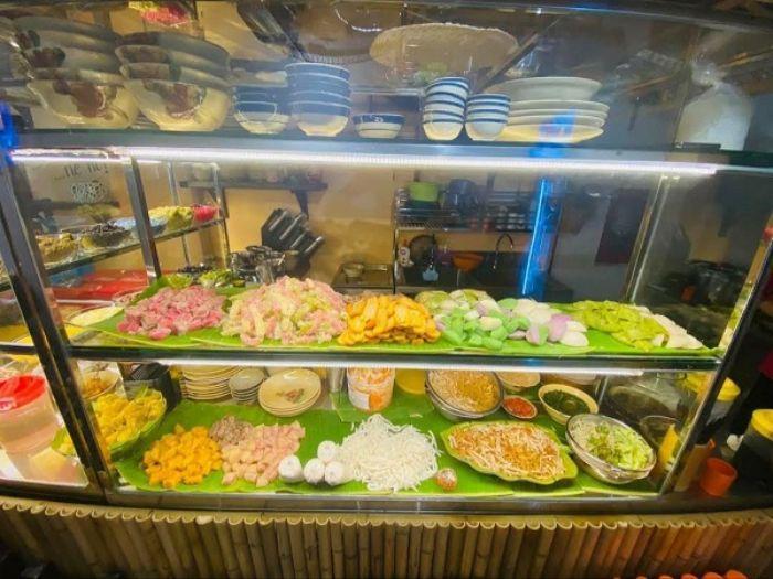 Tủ kính trưng bày đồ ăn, bánh kem, chè mẫu 5