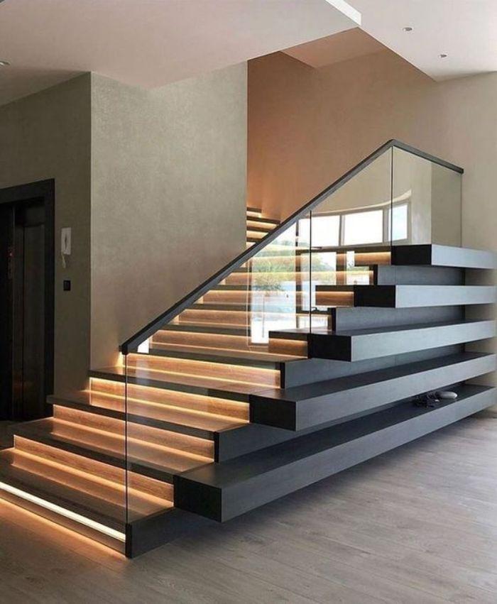 Cầu thang kính không trụ vuông inox màu đen