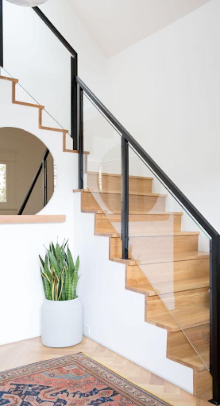 Mẫu lan can cầu thang kính hiện đại cho văn phòng