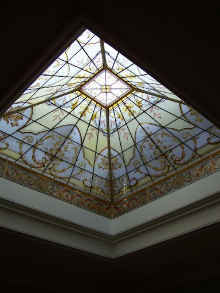 Mái kính giếng trời nhôm xingfa hình vòm