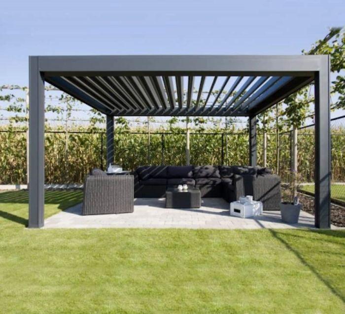 Mái kính sân vườn xingfa màu đen nhám