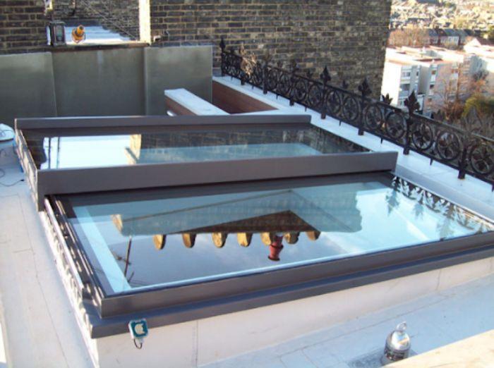 Mái kính sân thượng cửa lùa dạng phẳng