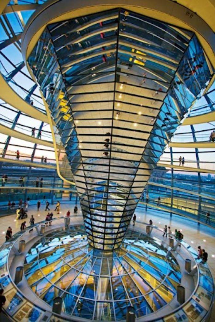 Mặt dựng nhôm kính stick phù hợp với hầu hết mọi kiến trúc