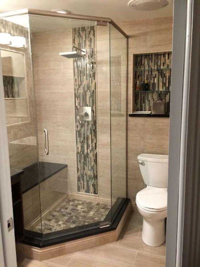 Phòng tắm kính 135 độ có thiết kế đẹp