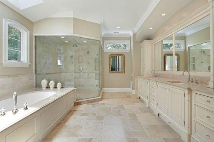 Sản phẩm phòng tắm kính 135 độ tại ADV Construction được đảm bảo về giá và chất lượng