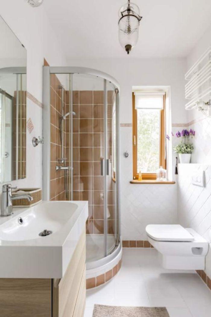 Phòng tắm đứng kính cong với phong cách tinh tế