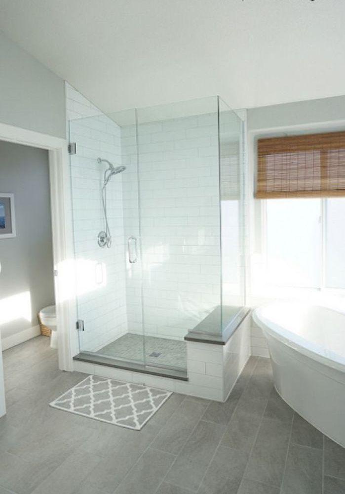 Phòng tắm kính đứng giúp tiết kiệm không gian