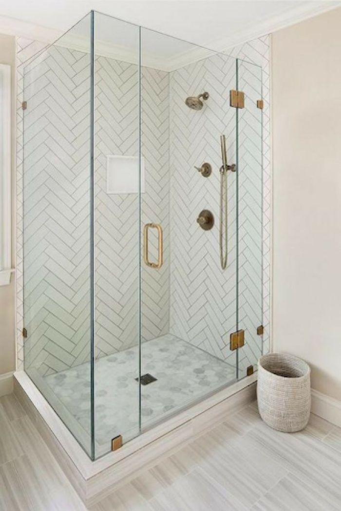 Phòng tắm kính đứng với phong cách trang nhã