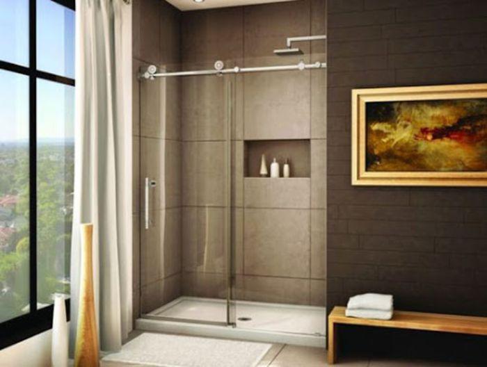 Phòng tắm kính lùa treo với tông màu trầm nhã nhặn