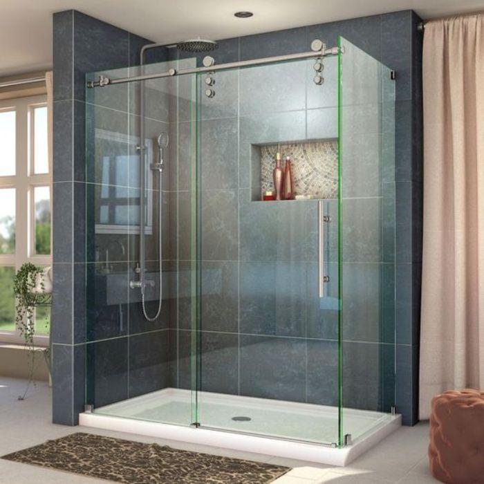 Phòng tắm kính lùa đứng phong cách tinh tế cho phòng ngủ