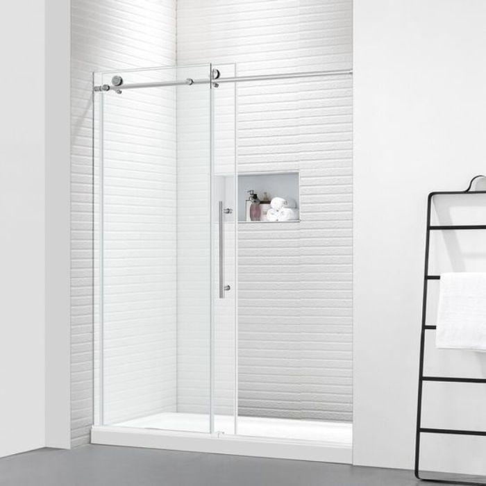 Mẫu phòng tắm này có vách kính là kính cường lực