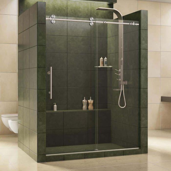 Phòng tắm kính lùa treo có màu tối