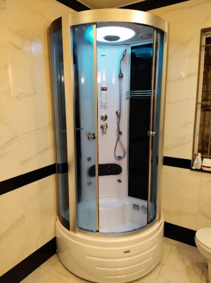 Phòng tắm xông hơi nhôm kính fendi mini