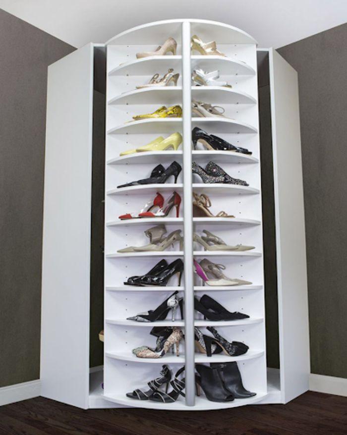 Mẫu tủ giày dép nhôm màu trắng có thiết kế độc đáo