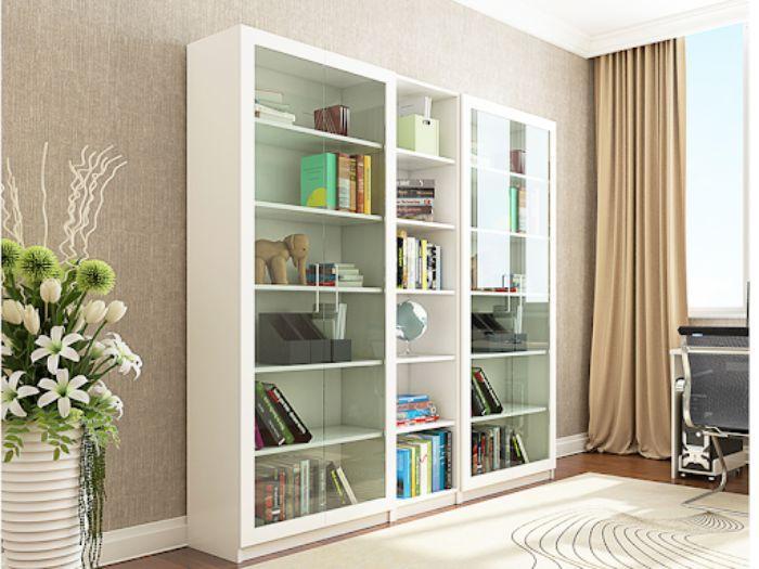 Một chiếc tủ sách màu trắng tinh tế phù hợp với không gian văn phòng
