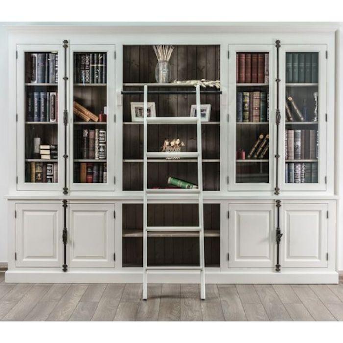 Tủ sách nhôm kính đặt trong văn phòng có màu trắng sang trọng