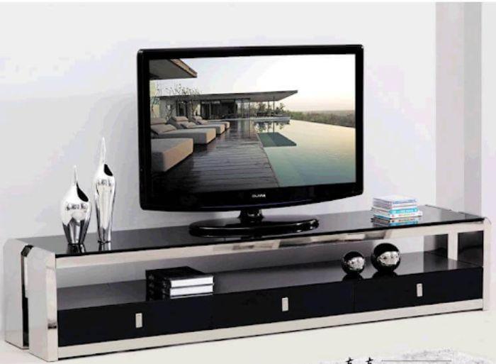 Tủ tivi nhôm kính cường lực có màu đen sang trọng