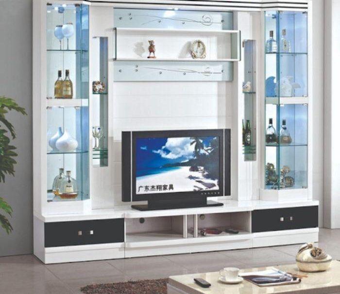 Tủ tivi nhôm kính màu trắng sữa dành cho không gian vừa và nhỏ