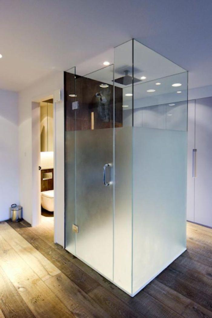 Vách kính mờ phòng tắm sang trọng