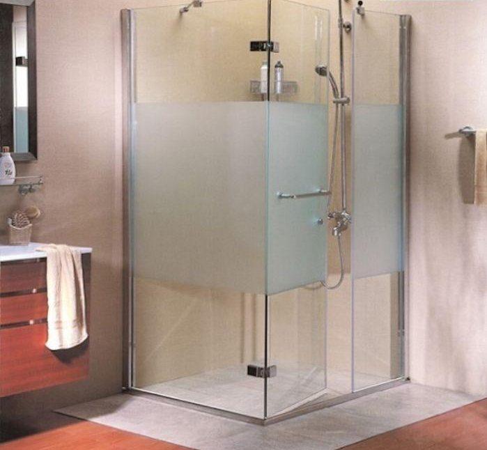 Vách tắm kính mờ giúp tạo không gian riêng tư