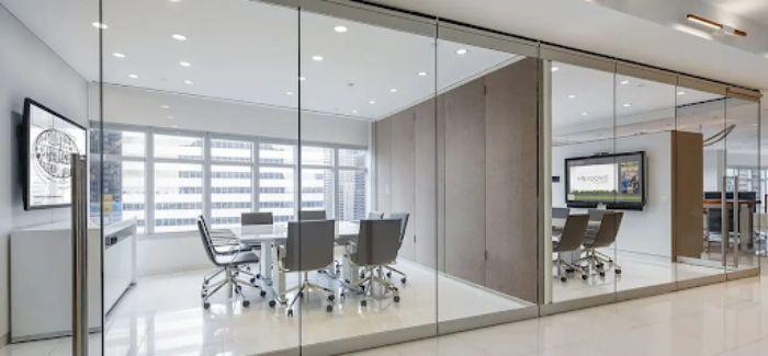 Vách ngăn nhôm kính xingfa cho phòng họp